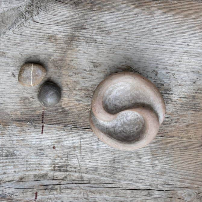 YIN & YANG SCULPTED ZEN BOWL. clay & wood studio