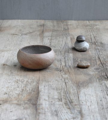 zen design SHELL BOWL. clay & wood studio