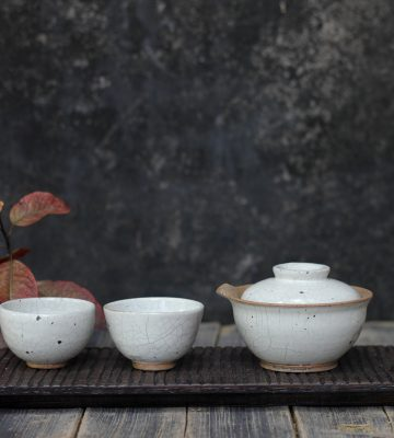 white tea set. clay & wood studio