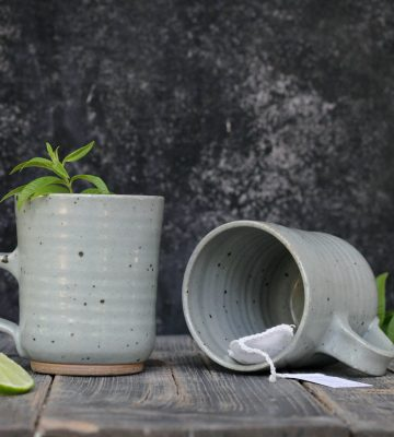 gray mugs set
